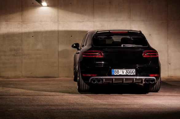 techart_for_porsche_macan_rear_0.jpg