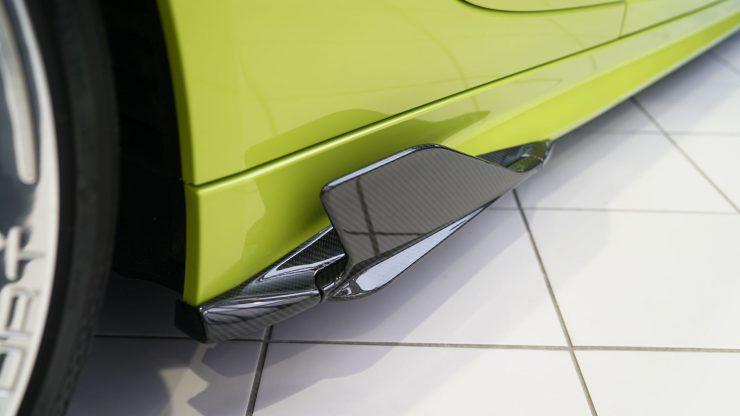 アウディ R8 カーボンパーツ エアロパーツ カプリスト マフラー フェラーリ 488 458 812