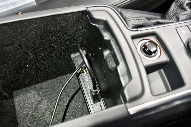 名古屋 ベンツ ゲレンデ W463 カスタム ステアリング カーボン ミラーリング コードファントムEX やかん