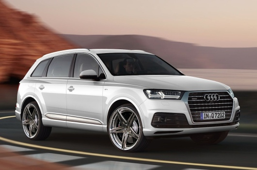 audi-shows-2015-q7-in-new-tofana-white-color-reveals-obsession-with-mountains_39.jpg