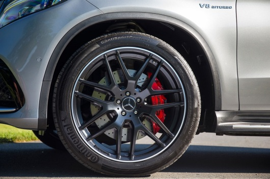 2016-Mercedes-AMG-GLE63-S-4Matic-Coupe-wheel-01.jpg