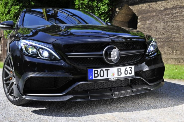 img1225_img19745_brabus-makes-the-2016-mercedes-amg-c63-s-even-more-interesting-with-600hp-heads-to-iaas_10.jpg