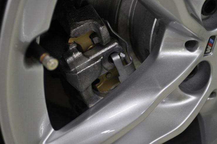 BMW F45 218i アクティブツアラー 低ダスト ブレーキパッド交換 カスタム