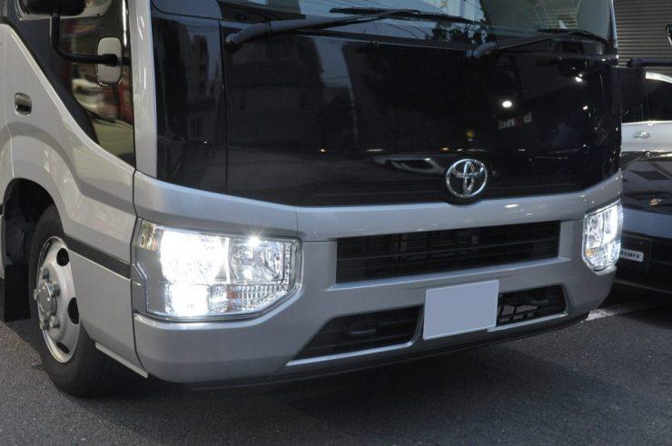 トヨタ コースター キセノンHIDライト交換 LED カスタム