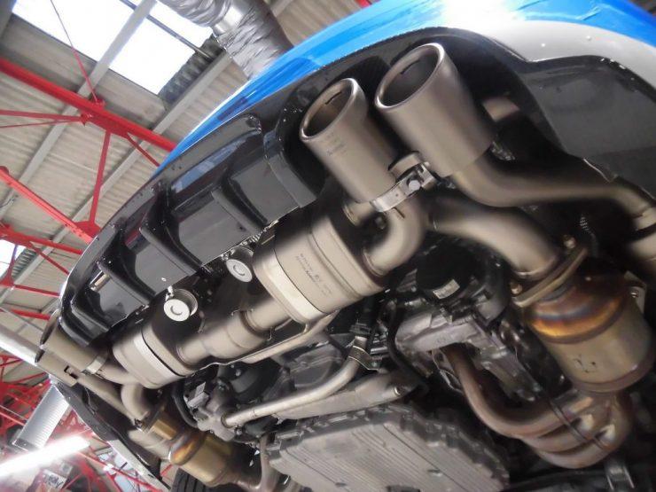 ポルシェ 991 GTS アクラポビッチ マフラー交換 カスタム