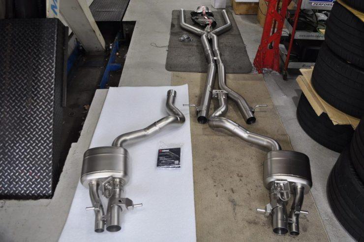 W213 AMG E63 アクラポビッチ マフラー交換