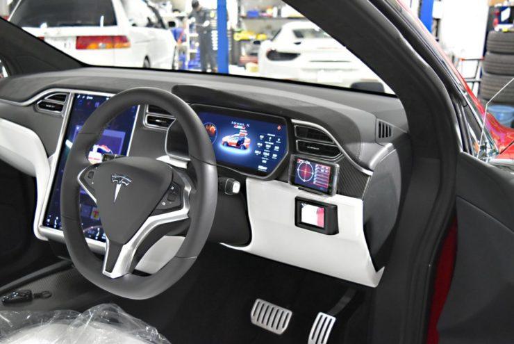 テスラ レーダー探知機 自動運転 モデルX エンブレムペイント