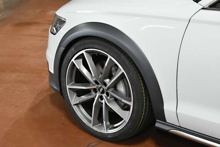 アウディ A6 21インチ S8 ホイール ローダウン カスタム 改造