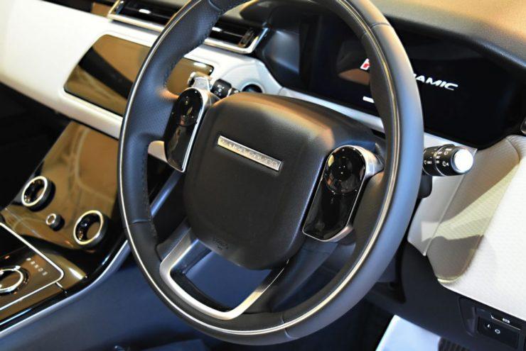レンジローバー マイナーチェンジ 2018年 ヴェラール 新型