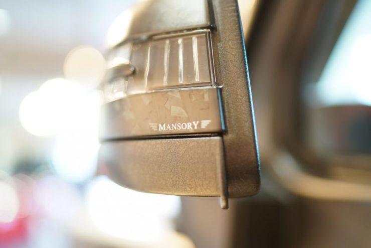 マンソリー Gクラス ゲレンデ W463 ブラックアウト エンブレムペイント
