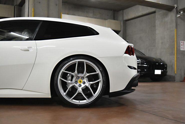 フェラーリ GTC4ルッソ ローダウン ダウンサス カスタム