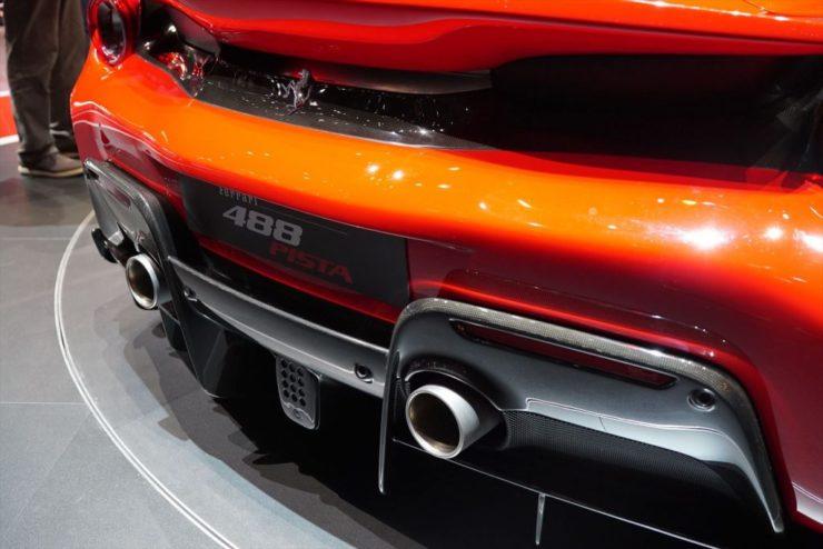 フェラーリ 488ピスタ スペチアーレ 458 488 F12