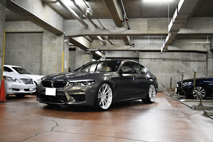 BMW M5 F90M5 ローダウン ダウンサス 車高調 22インチ カスタム