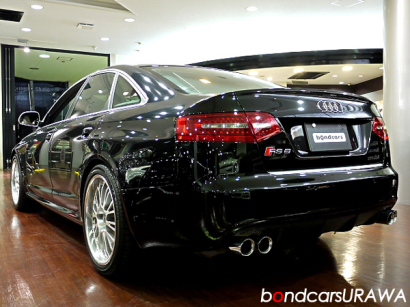RS6BLK_Rear.jpg